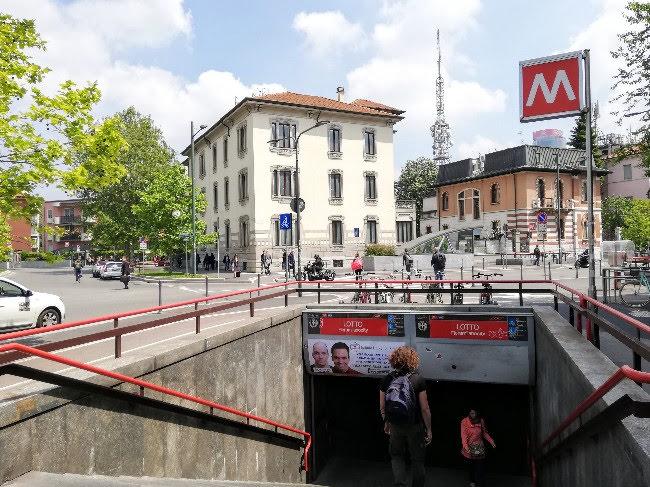 女一人旅ミラノ